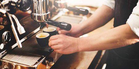 5 attenzioni da avere al bar per riconoscere un vero barista